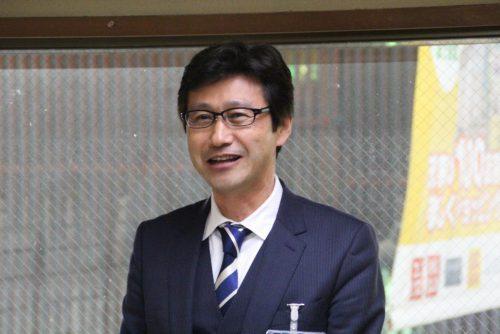 新年のあいさつをする堀田会長