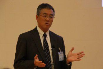 ゴム業界の近況を解説する加藤氏